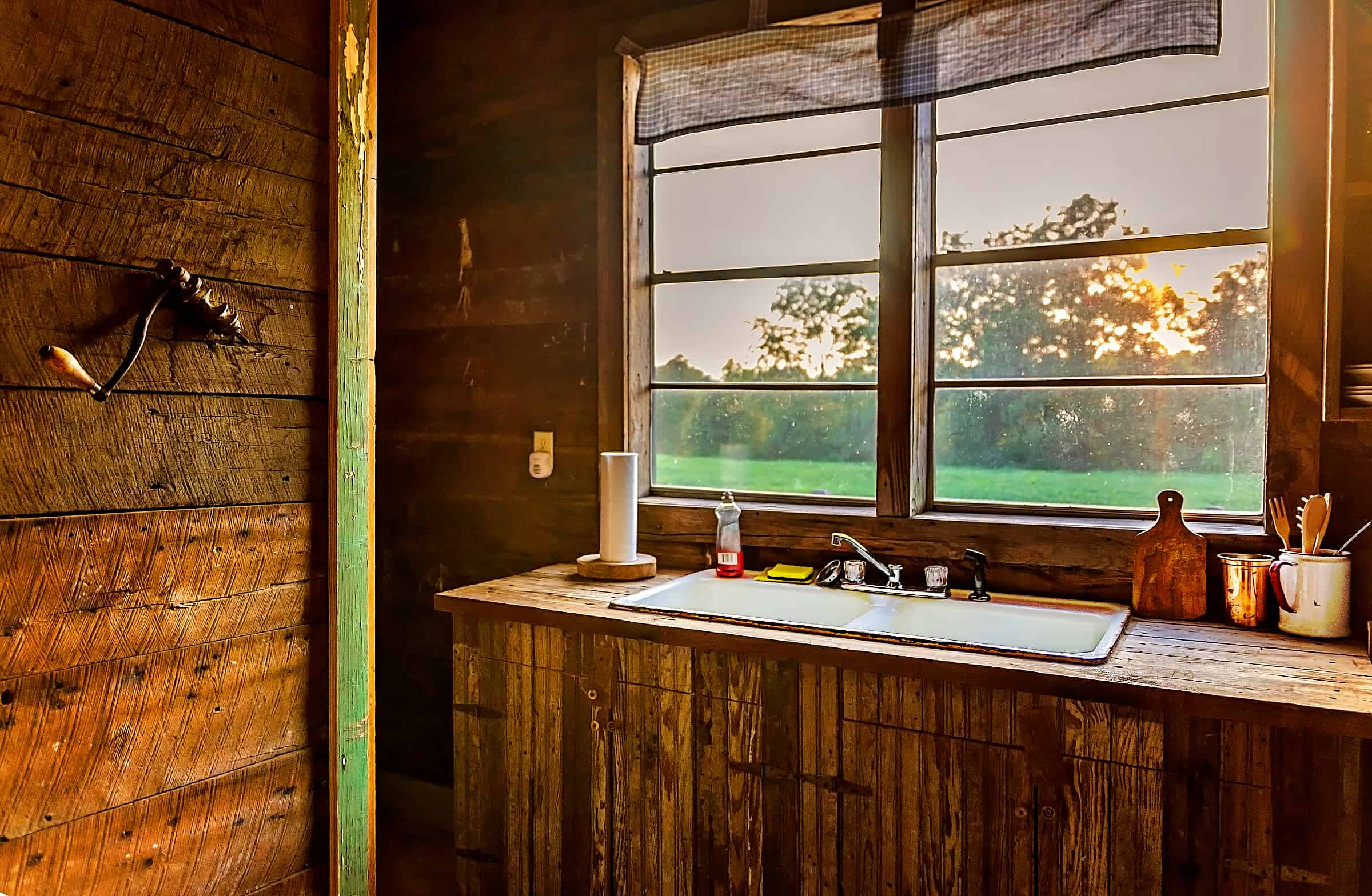 Kitchen at Tallahatchie Flats Bush Hog's House